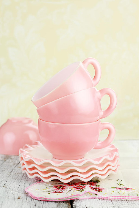vintage-coffee-cups-stephanie-frey